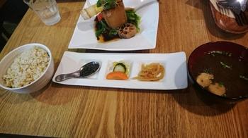たまな食堂 (2).JPG